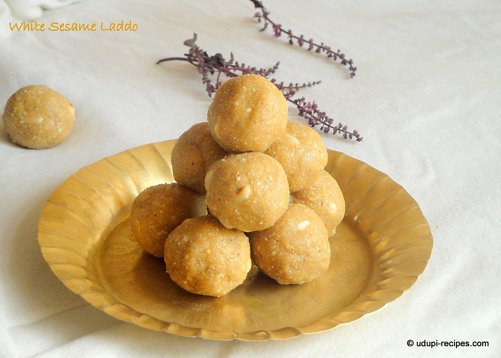 Til Ke Laddu without Jaggery Syrup | Sri Krishna Janmashtami Recipes