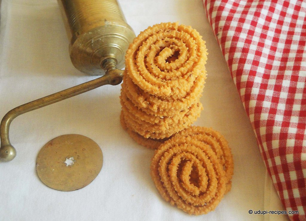 traditional murukku
