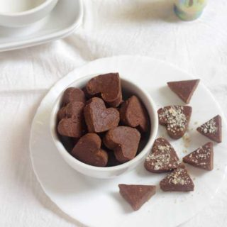 Homemade Chocolate Recipe with 4 Ingredients