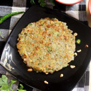 Sabudana Thalipeeth | Sago Roti Recipe