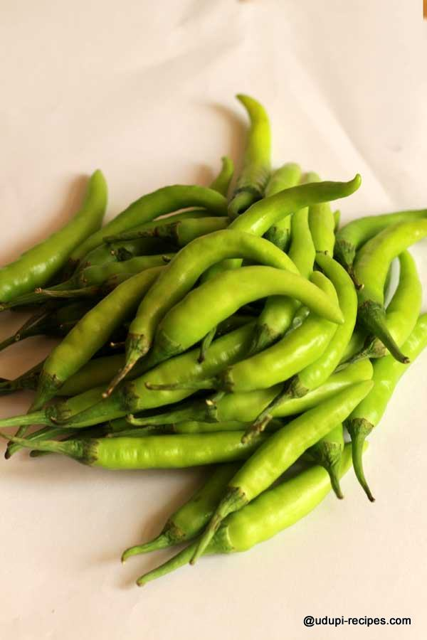 Green chillies chosen for curd chillies preparation