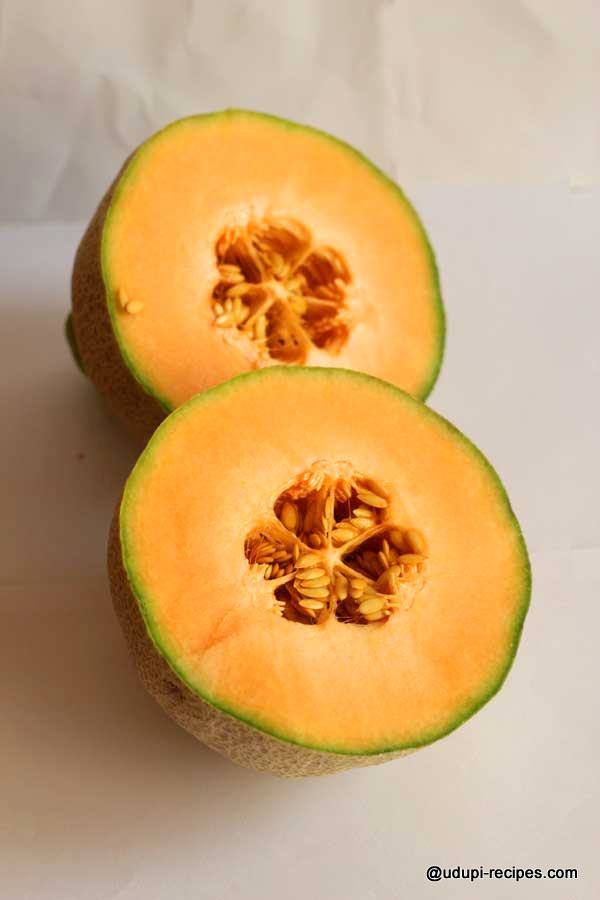 muskmelon hydrating fruit
