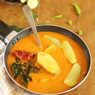 delicious raw mango curry