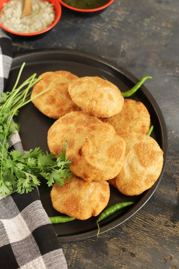 moong kachori